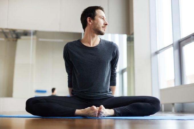 flexible-man-sitting-pose
